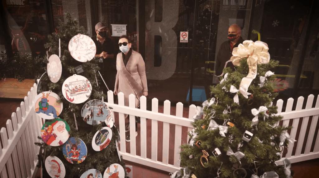 AAU-Ghiradelli Christmas Tree Comp-2