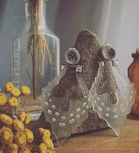 colleen schwarz love in a mist fluidity lucite dangle