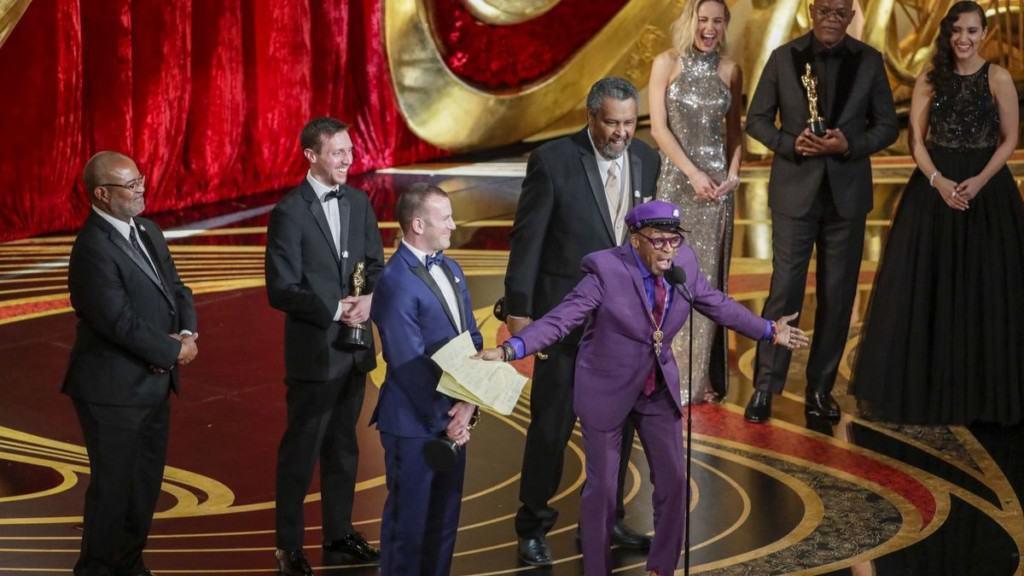 Spike Lee makes an acceptance speech at the 2019 Oscars
